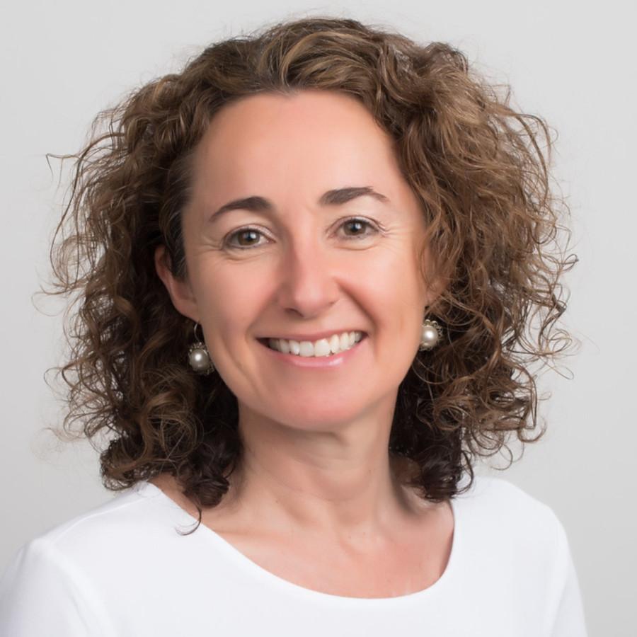 Dr Andrea Douglas